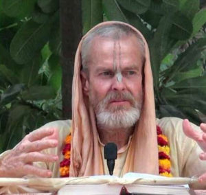 Glories of Sri Advaita Acharya Mahanidhi Swami